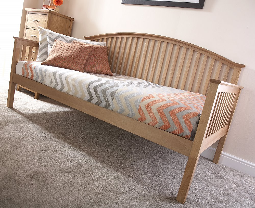 Madrid wooden 3ft single day bed natural oak guest for Good quality single beds